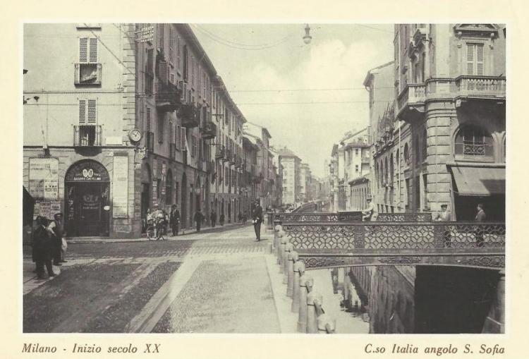 Corso Italia - angolo via S. Sofia - da Foto Milano Sparita (Pagina Facebook)