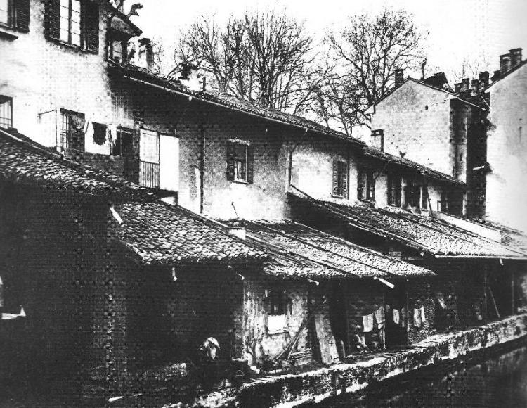 """""""Sciostre"""" sul Naviglio interno, abbattute nel 1908"""