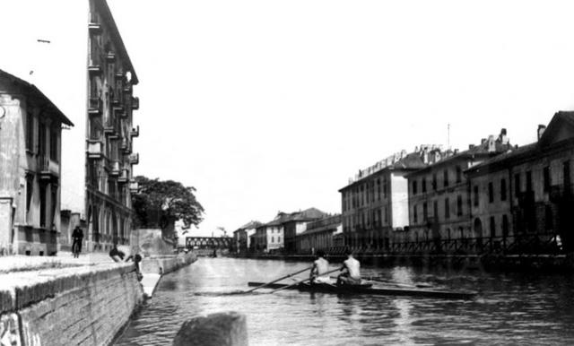 Il Naviglio Grande in via Lodovico il Moro, 1921