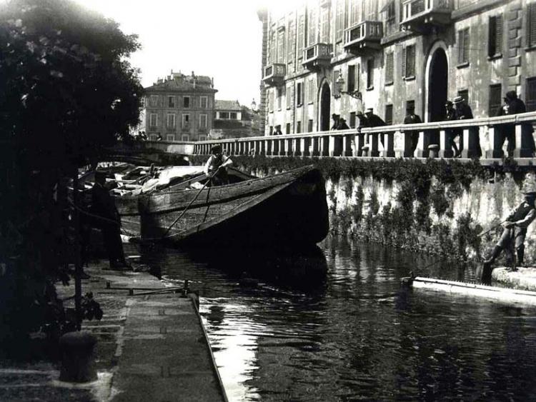 Milano, via Senato