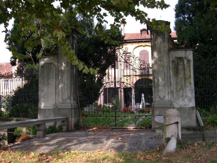 Robecco sul Naviglio, villa Barbavara