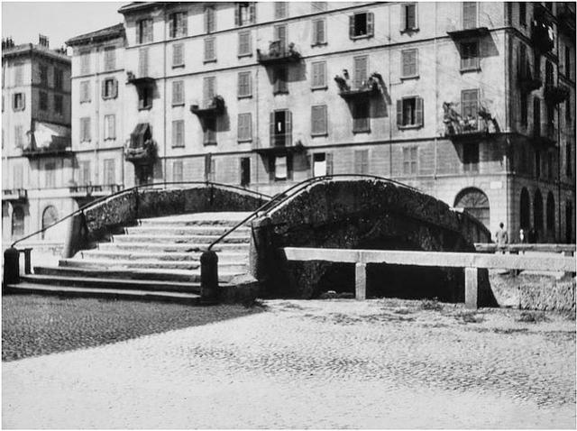Ponte dei Medici in via Fatebenefratelli