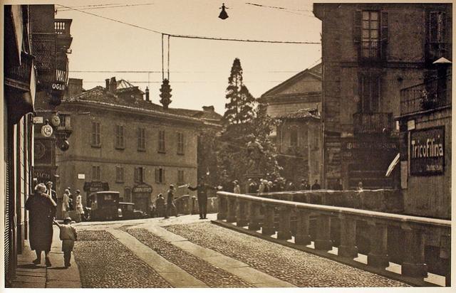 Il Naviglio in via Francesco Sforza all'altezza di corso di porta Romana